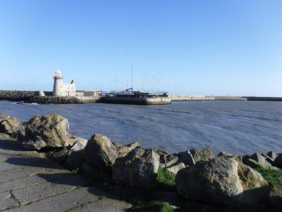 Malahide Castle, Dublin Bay and Howth Village Half-Day Tour from Dublin: Howth harbor