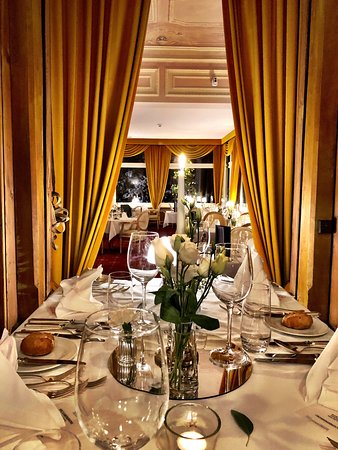 Belle Epoque Restaurant Schweizerhof Flims, Romantik Hotel