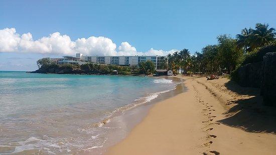 Langley Resort Hotel Fort Royal Guadeloupe : Par contre elle est grande la plage