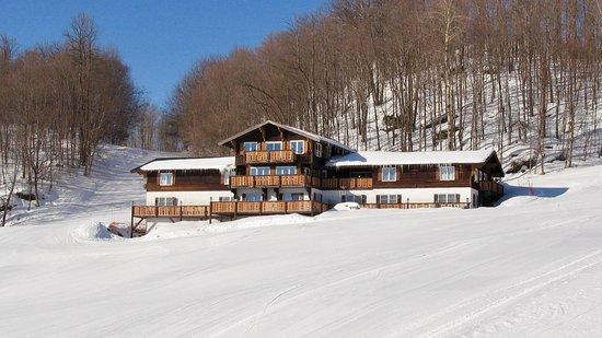 The Whitecap Mountains Resort