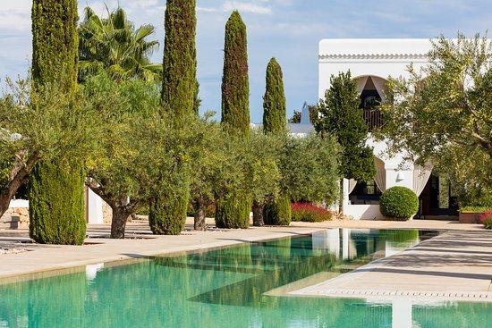 Ca Na Xica - Boutique Hotel & Spa : Ca Na Xica outdoors and gardens