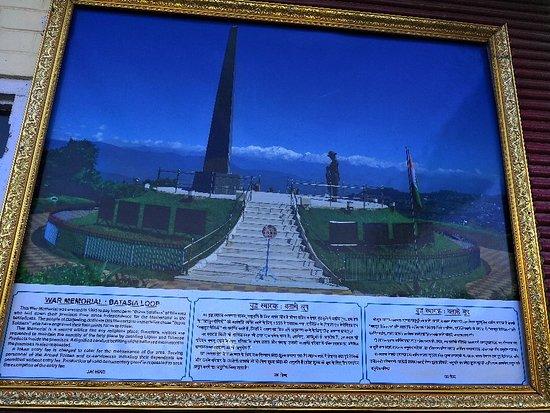 Batasia loop ➿, Darjeeling