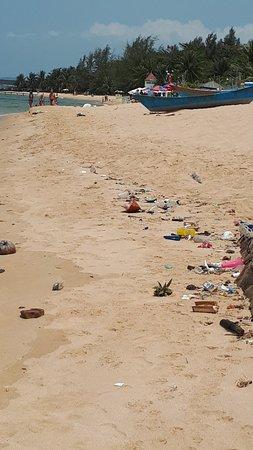 Ok beach but far to much rubbish