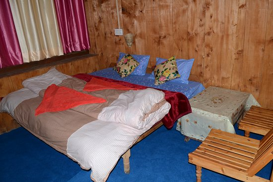 Entrance - Picture of Lato The Hut Home Stay, Banjar - Tripadvisor