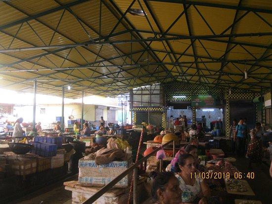 Indian Kitchen : рынок рядом с рыбой