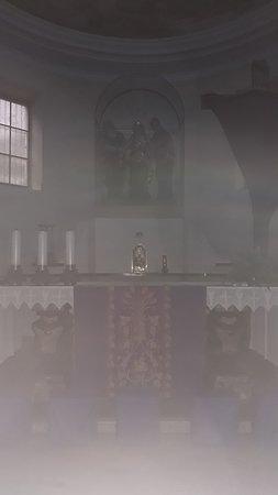 Chiesa Di San Rocco E Beata Vergine Addolorata: L'altare maggiore