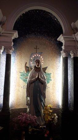 Chiesa Di San Rocco E Beata Vergine Addolorata: La cappella dedicata alla Madonna