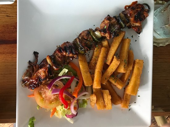 Brisa do Mar - Pop's Place: Skewers and fried funchi