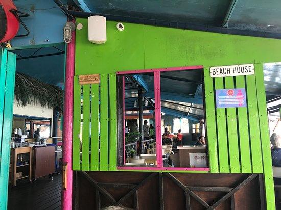 Brisa do Mar - Pop's Place: Interior seating
