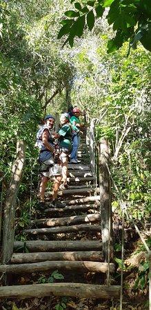 Parque de Aventura Las Nubes: Hanging stairs make the tour even more fun