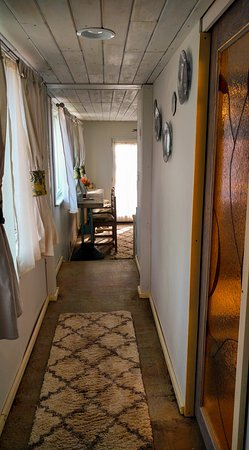 The hallway in Chestnut Suite between the bedroom and sitting room