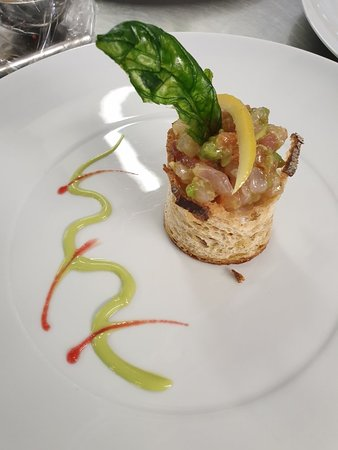 L'Ermitage: Delicious  modern cuisine  with a touch of tradition.