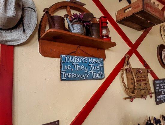 Horseshoe Cafe: True