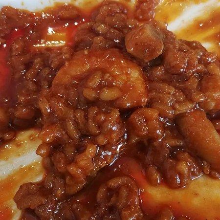 Taperia EntreBares: Un arroz a banda espectacular, sabor intenso a marisco