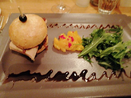 Bistro 1865: Burger foie gras
