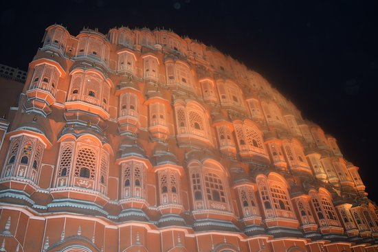 Aamantran Tours: Hawa Mahal, Jaipur