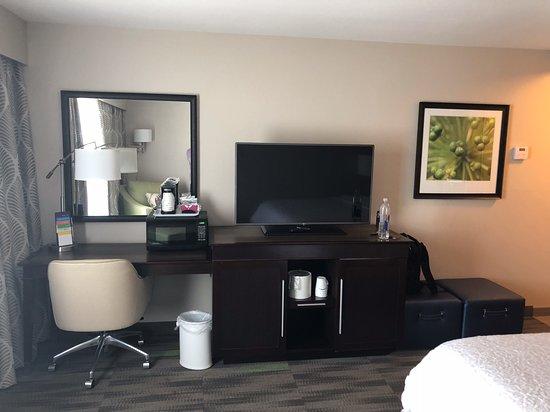 Hampton Inn & Suites Hammond: Work area