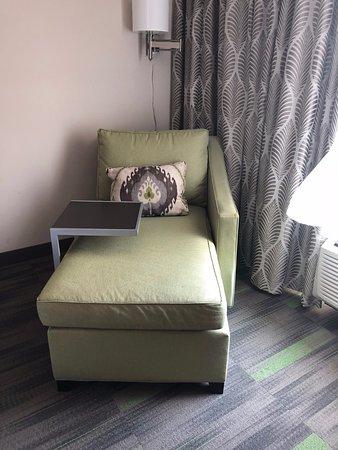 Hampton Inn & Suites Hammond: Chair