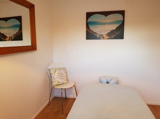 Orpington, UK: Trearment room ready for you.