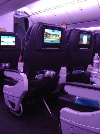 Air New Zealand: Outward B787 cabin