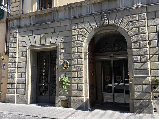 Entrée de l'Orto de' Medici.