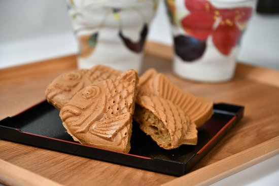 Original Taiyaki Our signature Taiyaki with a texture of soft inner and crispy outer. We bake our Taiyaki well to make sure the quality well. It's tender sweet taste is the reason why our Taiyaki taste good in any kind of occasion.