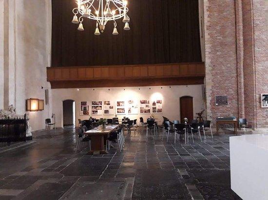 Abbey Tower of Long John (Abdijtoren de Lange Jan): Hoy en día, el complejo de la Abadía es , entre otras cosas, el lugar del Museo Zeeuws.