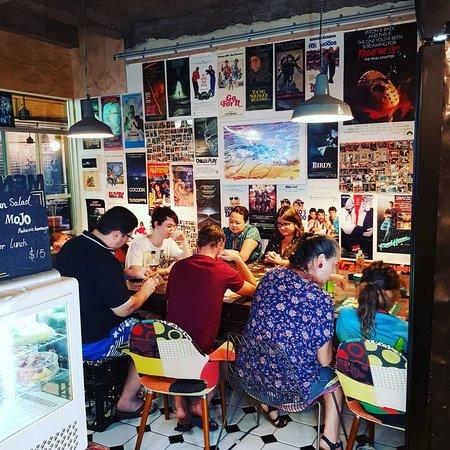 Mad Snake Cafe