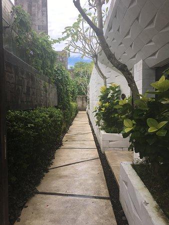 A nice, quiet place in the middle of Uluwatu/Pecatu