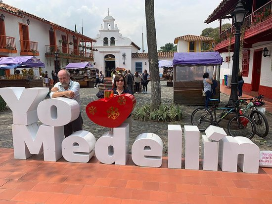 ‪Medellin City Services‬