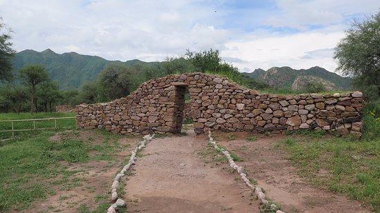 Ruinas de El Shincal: Pórtico