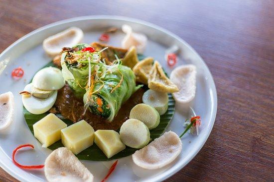 Food at Octagon Ocean Club