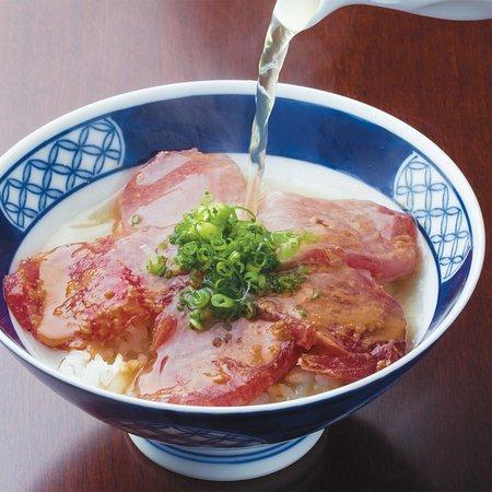 Tosaryori Neboke Nomurabldg: 鰹茶漬け