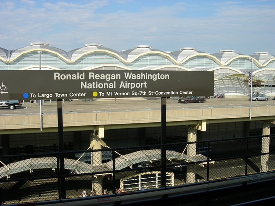 The 10 Closest Hotels To Ronald Reagan National Airport Dca Tripadvisor Find Near