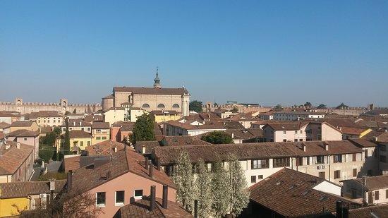 La Cinta Muraria - Camminamento di Ronda: vista da Borgo Vicenza