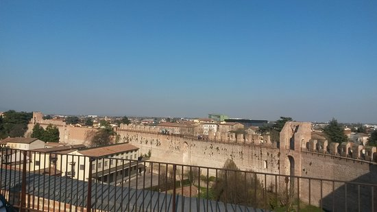 La Cinta Muraria - Camminamento di Ronda: Vista dalla Torre di Malta