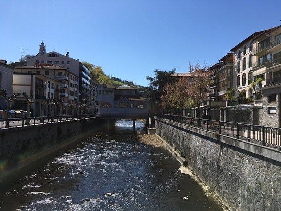 Azcoita, Spagna: Joli village Basque
