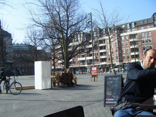 XIV Heilige Tapas-Bar: hansaplatz