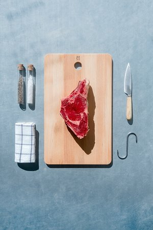 The Maison Carne Beziers 1kg Cote de Boeuf