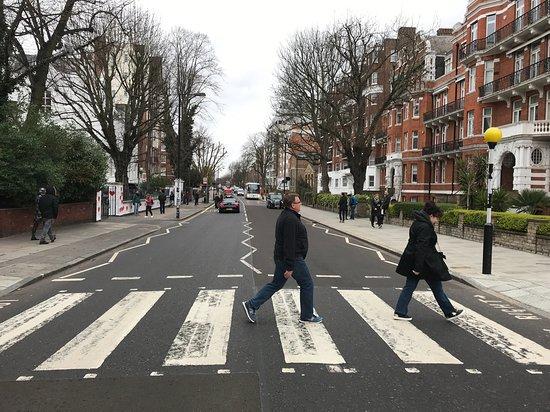 Rock Cab Tours Presents: The Music Legends Tour of London: Abbey Road Studio's Crossing