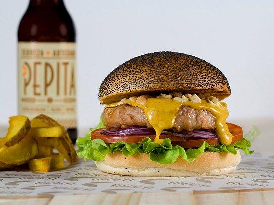 imagen La Pepita Burger Bar en Salamanca