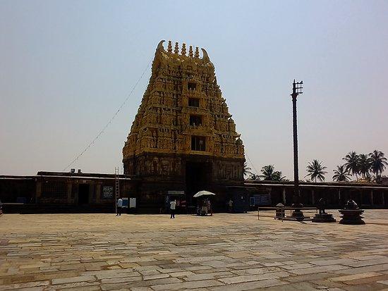 Vasanthika Temple, Angadi: nice