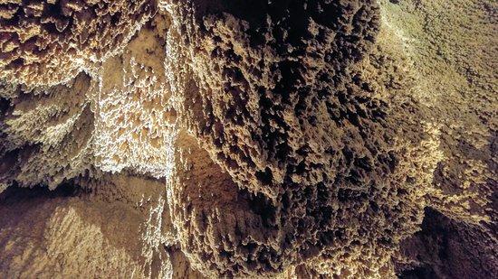 Anna Sinter Cave