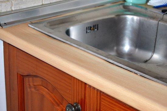 Aparthotel Costa Mar: Pantry stark abgenutzt, vieles defekt, nicht wirklich sauber.