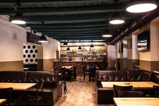 9651e62a6 Tribuna Futbal Pub, Bratislava - recenzie reštaurácie - TripAdvisor