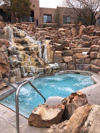 Hyatt Regency Tamaya Resort & Spa: hot tub/spa