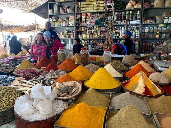 El puesto de especias en el mercado de Rissani