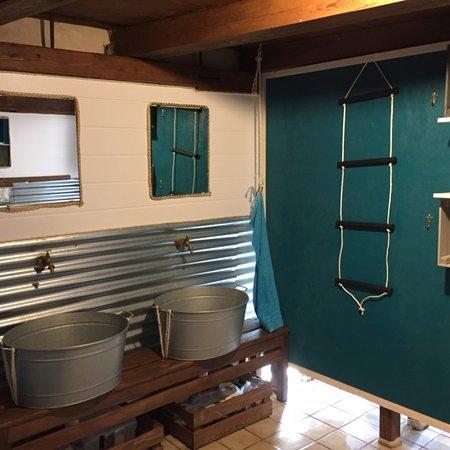 Trient, Ελβετία: bathroom