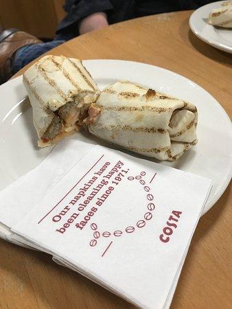 Strensham, UK: Breakfast wrap at Costa