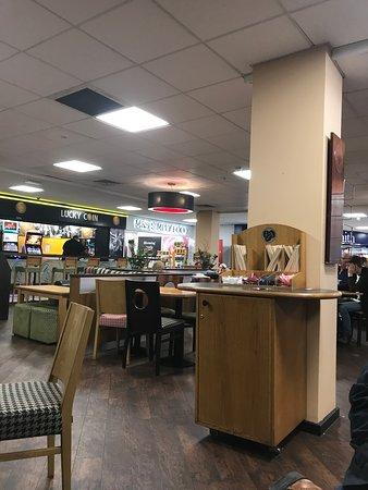 Strensham, UK: Inside the building